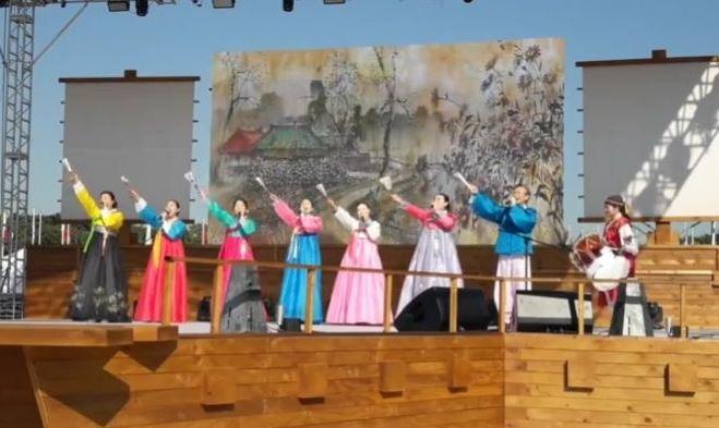 민요교실 회원님들 한성백제 문화제 공연!
